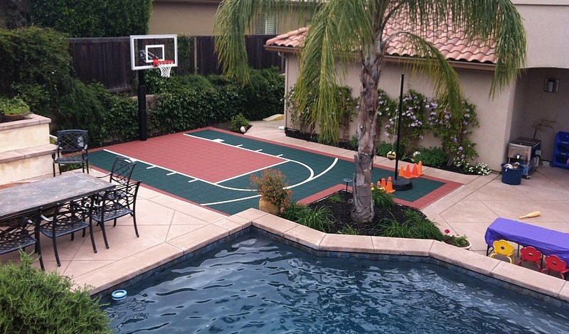 Versacourt indoor outdoor backyard basketball courts for How to build a basketball court at home
